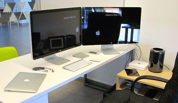 Mac Setup The Dual Display Mac Pro Desk Of An Assistant Professor