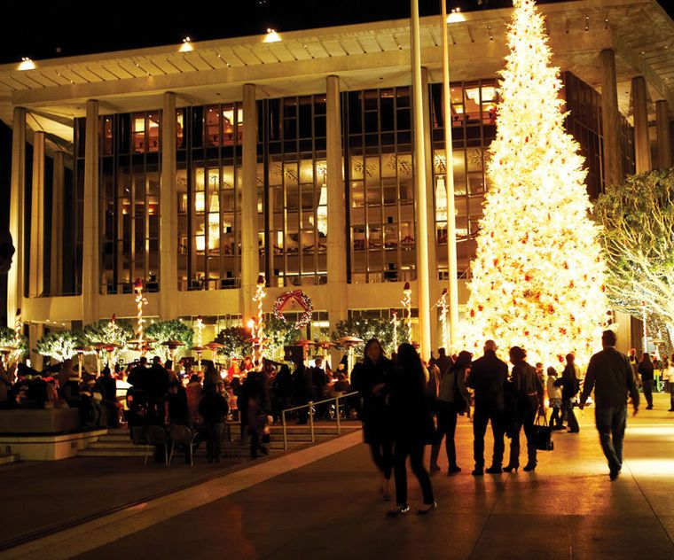 As December's nighttime temperatures dip into the 50s, two things are resoundingly true: The holiday season is upon us, and festive merriment abounds on Bunker Hill in the form of song. Beginning this week, a host of programs featuring a wealth of holiday music will be performed throughout the venues of the Music Center. #DTLA #LA #LosAngeles #DowntownLA #DowntownLosAngeles #holiday #music #eventsinDTLA