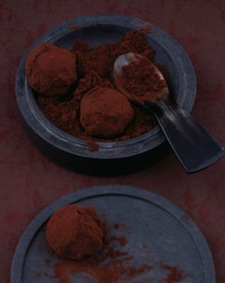 nourriture : truffes au chocolat, photo Janne Peters, brun, dessert