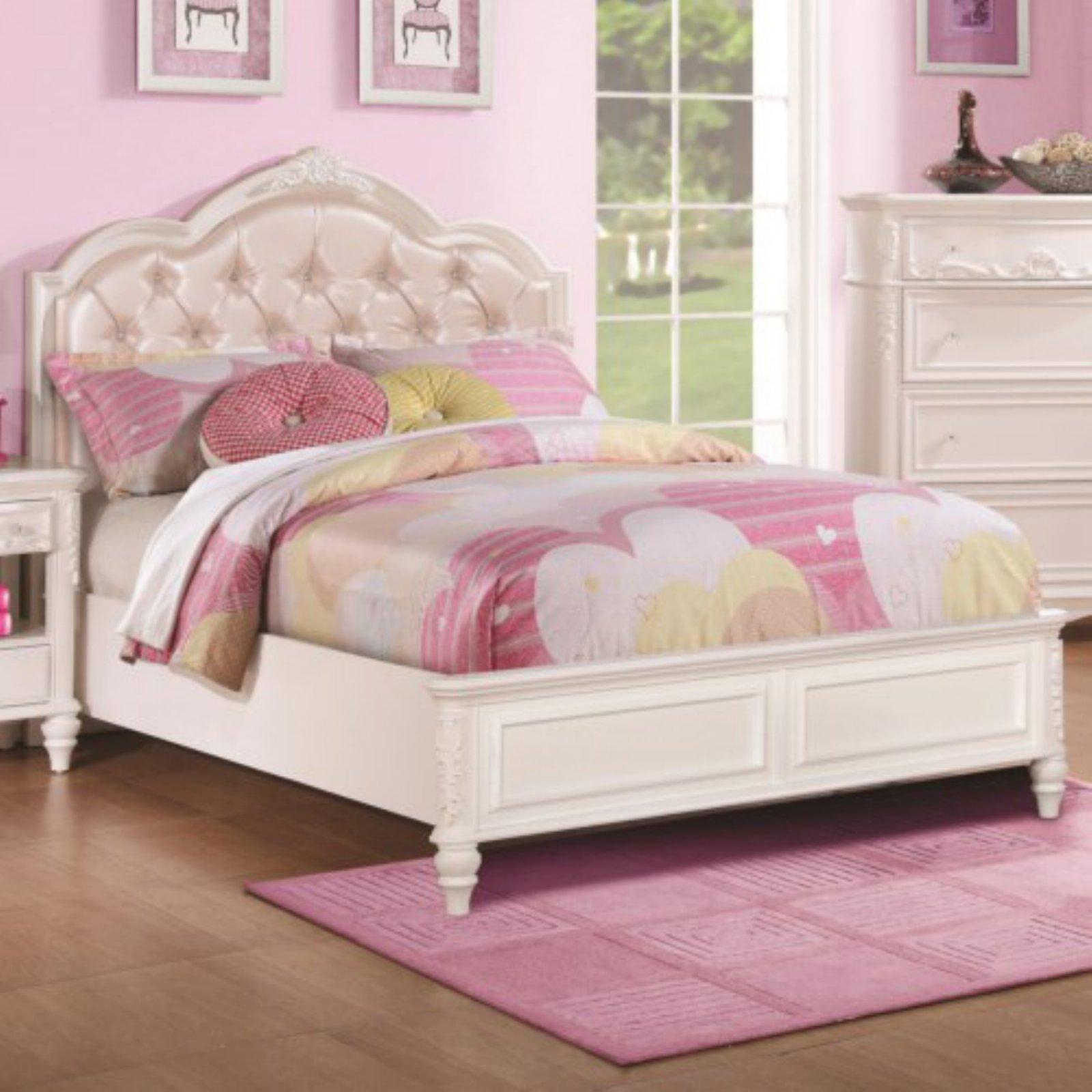 Coaster Furniture Caroline Bed With Diamond Tufted Headboard