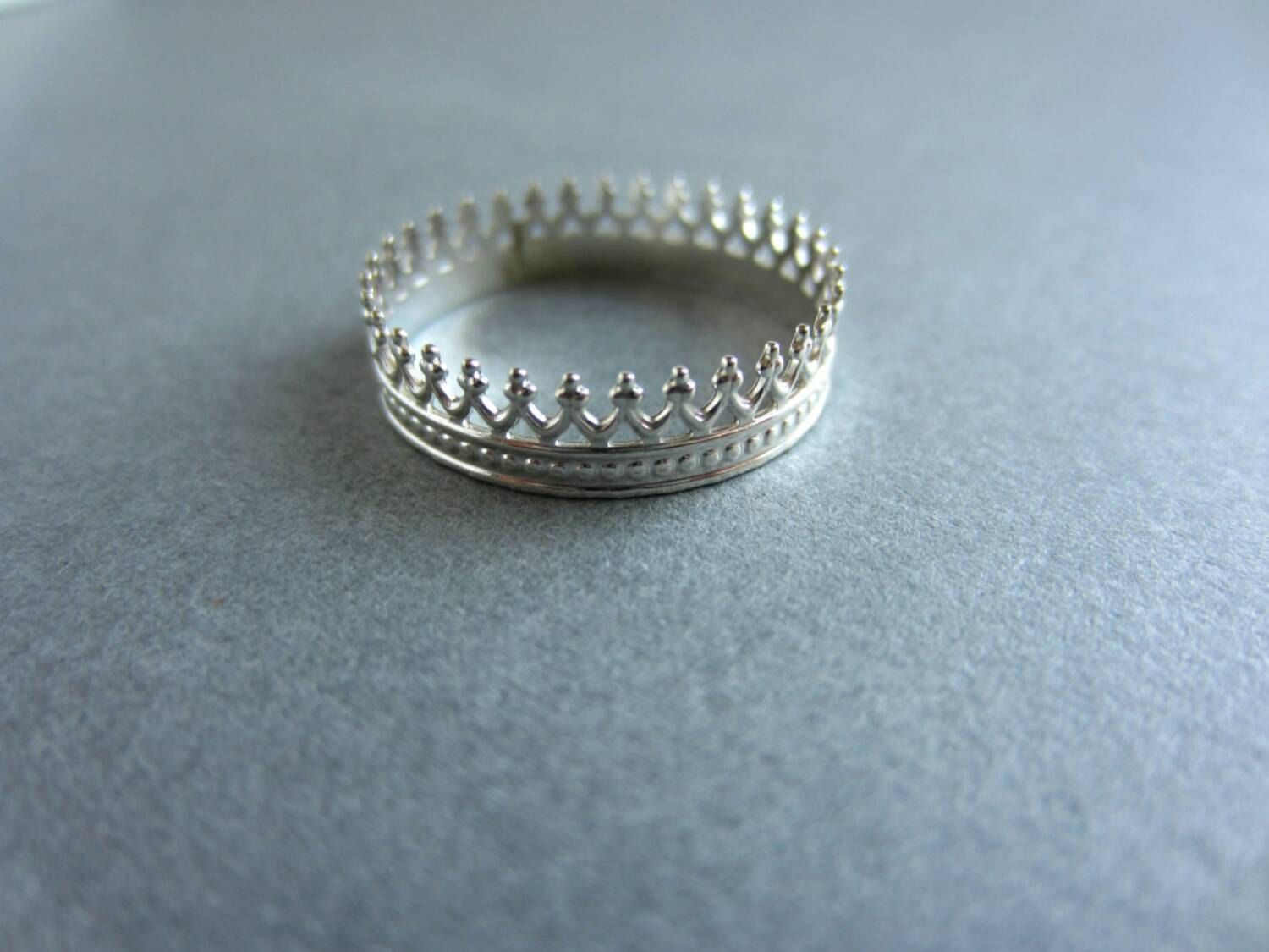 Ring Sterling Sliver Princess Crown ring - pinned by pin4etsy.com