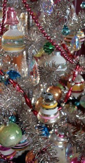 Retro Silver Xmas Tree With Vintage Glass Ornaments Silver Christmas Tree Vintage Christmas Ornaments Christmas Tree Decorations