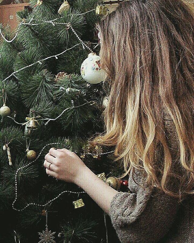 Yay . . . #vsco #vscoua #vscoukraine #christmas #christmasmood #christmastree #cozy #photography #winter #mood #amazing #instagram #idea #inspirarion