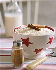 Joulun riisipuuro, glögi ja piparkakkutalo