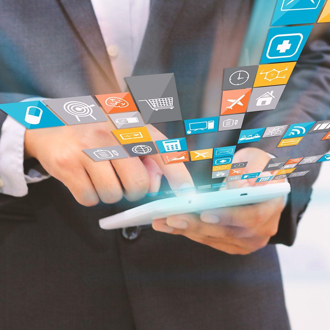 Bist du mit uns vernetzt?  Eine Vernetzung über die sozialen Medien wird heute immer wichtiger. Kennst du alles unsere Kanäle? Hier findest du eine Übersicht mit allen unseren direkten Links. Vernetze dich mit uns und du verpasst keine unserer Informationen:  Webseite: http://www.elita.ch Blog: http://elita.ch/bewerber/blog/ Facebook: https://www.facebook.com/ELITA.Personalberatung Google+: https://plus.google.com/112787031998798686620/posts Twitter: https://twitter.com/ELITAPersonal