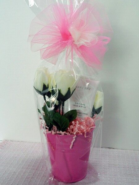 Mary Kay 2 in 1 Body Wash is the feature of this gift bucket adorned with white silk roses. Great gift for Moms, daughters, Grandmas, birthdays, friendship or whatever the occasion.
