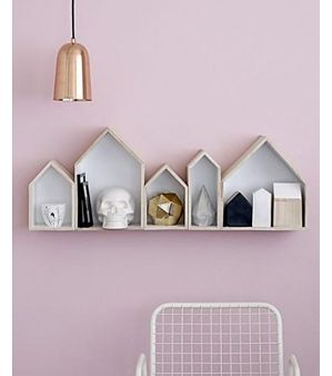 My blog for @Flavourites - de leukste webshops! about storing your souvenirs and decorating your home at the same time. Fun way to clean up, finally!
