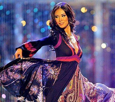 Riyo Mori won Miss Universe 2007 with this black morning gown ...
