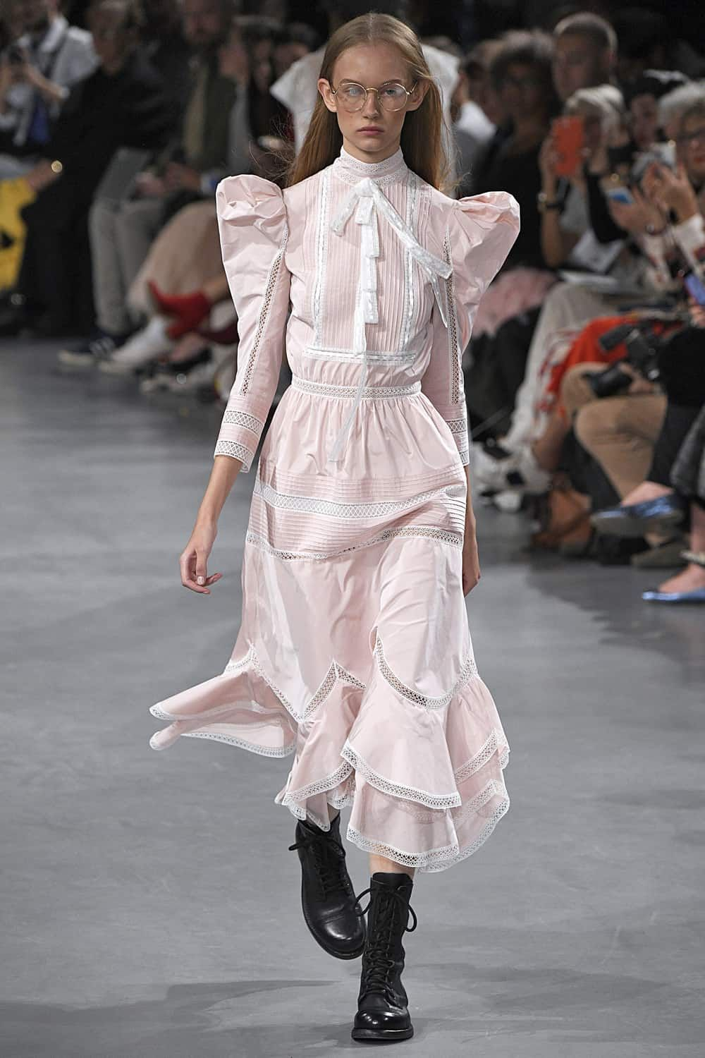 6eb2015607 All the Major Runway Trends From the Spring 2019 Shows | Spring 2019 ...