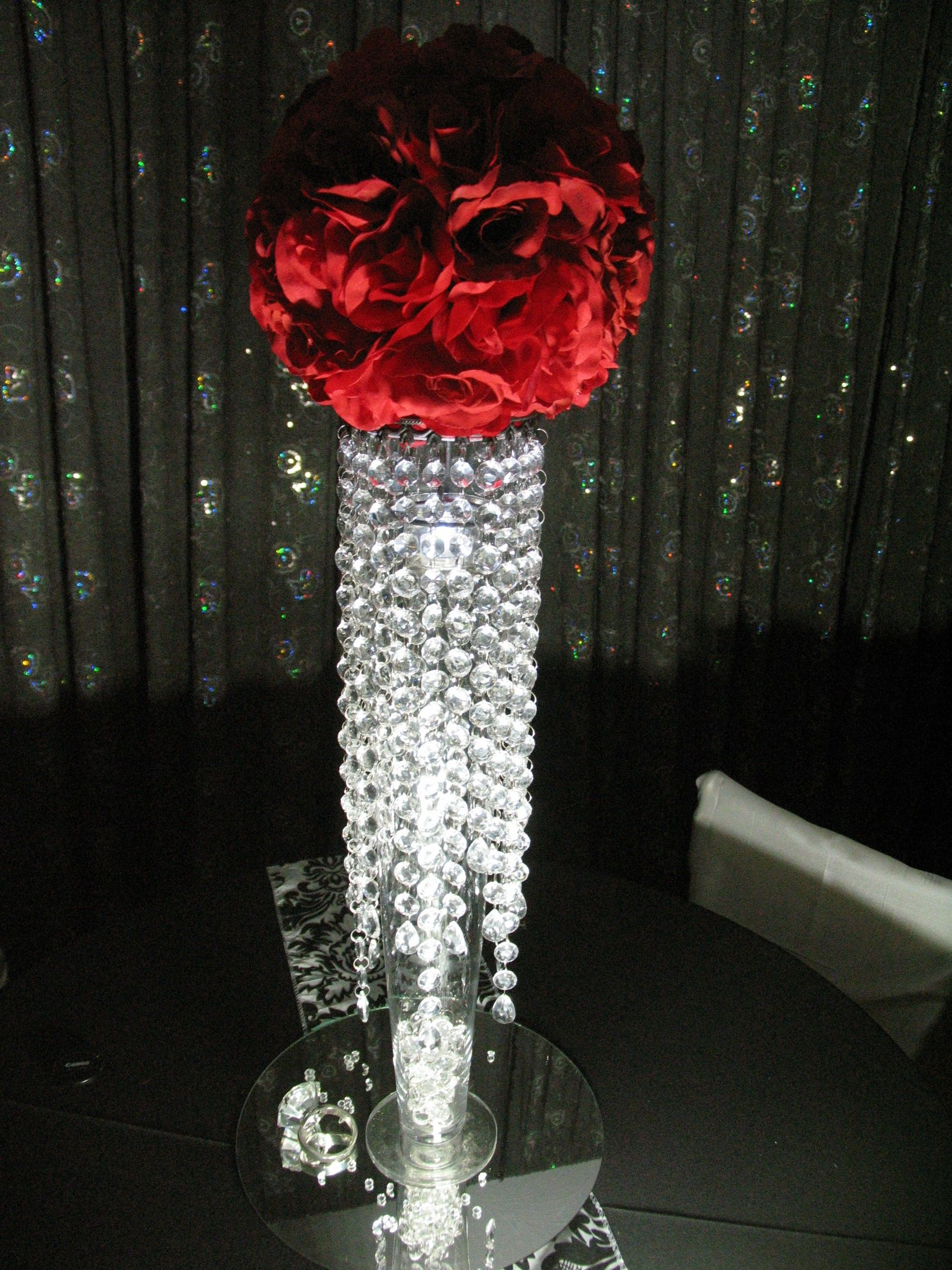 Tall Crystal Vases With Deep Red Roses For Wedding Centerpieces Crystal Centerpiece W Wedding Centerpieces Crystal Wedding Decor Wedding Centerpieces Diy Red
