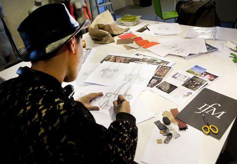 Summer Fashion Courses from Central Saint Martins and  Institut Français de la Mode   http://www.csm.arts.ac.uk/london-paris