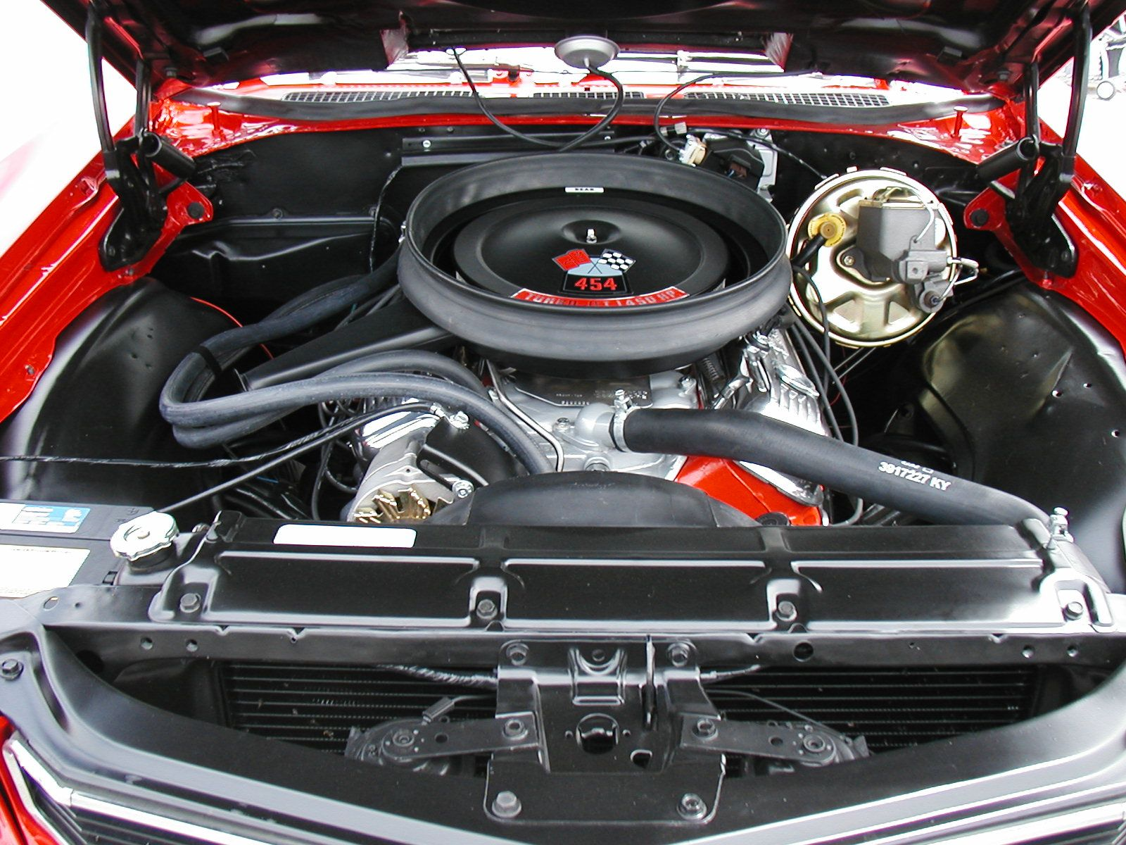 1970 Chevelle SS, Cranberry Red, engine compartment  | Muscle Cars