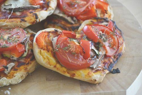 criard-vivant:  lovely vegan mini-Pizza dough: (makes about 7mini-pizzas) 400g flour 260ml soy-milk 1/2 tsp. salt 4 tbsp. baking powder 2 tb...