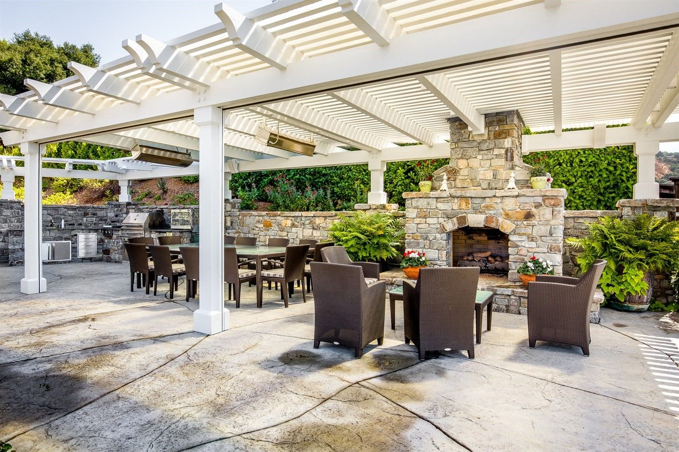 Amazing Patio With Fireplace Outdoor Kitchen Dining And Relaxing Areas Outdoor Outdoor Living Patio