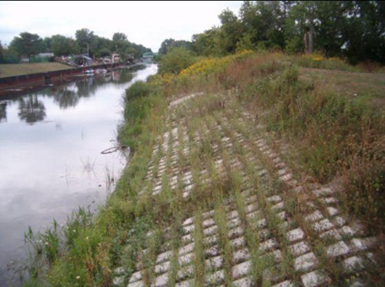 Riverbank Erosion Control Soil Erosion Protection Methods Riverbank River Bank Erosion Control