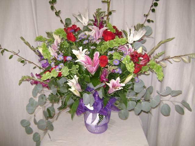 Tweet Tweet My Sweet Gordon S Florist In Livingston Pa Artisan Design Local Artisans Florist