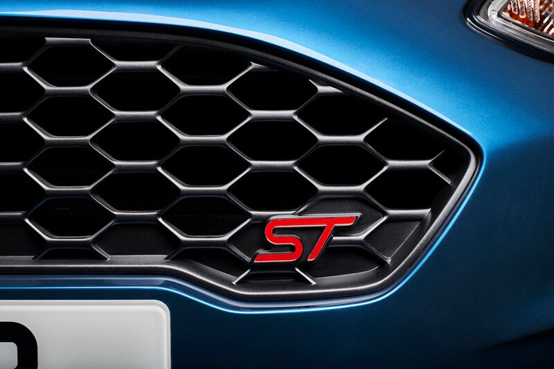 Ford Fiesta St 2018 At The Geneva Motor Show Specs Ford Fiesta