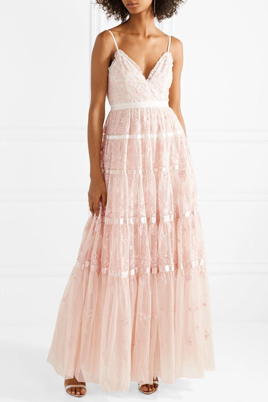 Needle u thread satintrimmed embroidered tulle gown Что надеть