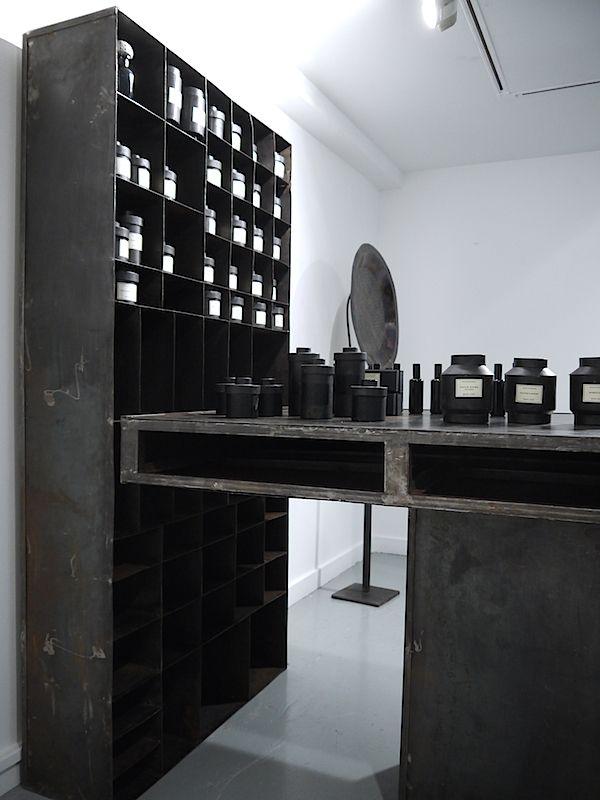 Industrial Style Len design week design black decor and storage