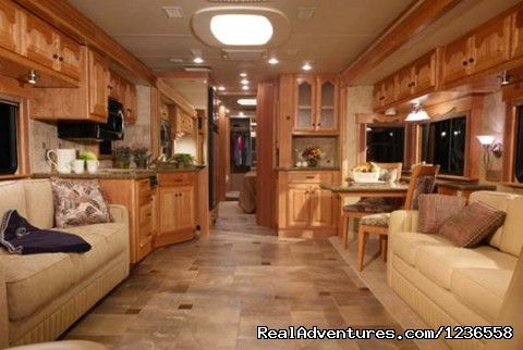 Luxury Rv Rentals In The Usa West Palm Beach Florida Rv Rentals Luxury Rv Bus Interior Rv Interior