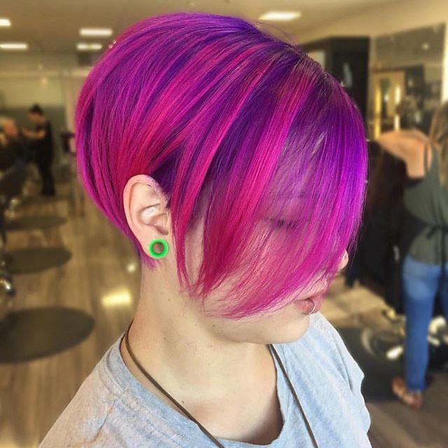 Fuchsia Pink Pixie by @chellsiedanielle 💕💕 #hotonbeauty . . . #fuchsiahair #hairpainting #pixie #pixiecut #pixiecutstyle #pixiehairstyle #pinkpixie #shadowroot #purplehair #pinkhair