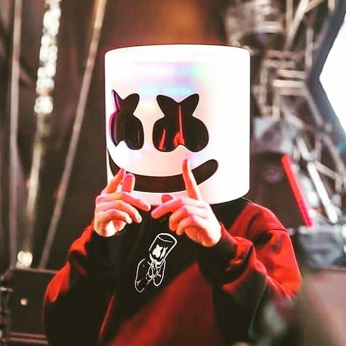 Pin By Yvis Yanna On Dj Marshmello Joker Iphone Wallpaper Cute