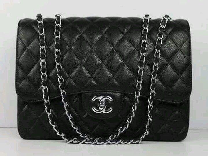 aa1818506a5 Bolsa Chanel preta basica