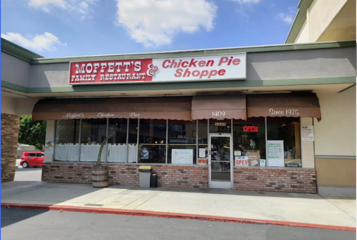 The Small Cafe, Moffett's Family Restaurant, In Southern California Has A Pot Pie Known Around The World