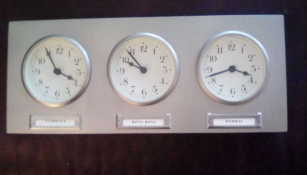 Beautiful Pottery Barn 3 Time Zone World Clock Brushed Chrome