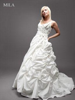 Cinderella Pompöses Hochzeitskleid Prinzessin, Cinderella Kleider,  Prinzessinnen Hochzeitskleider, Hochzeitskleidschleppe, Spitzen Hochzeiten, 6c171c86c3