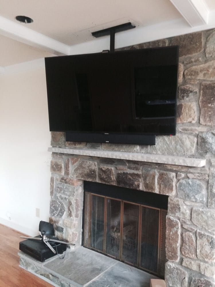 Tv Ceiling Mount Above Fireplace With Images Fireplace Remodel