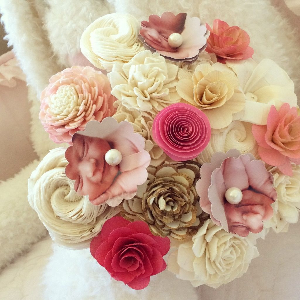 Interesting alternative to real flowers. Also, a customizable ...