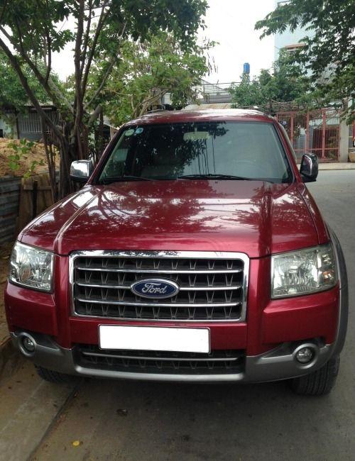 Tôi cần bán xe Ford Everest XLT 4x2 MT, 7 chỗ, đời 2008, màu đỏ sang trọng, bảo hiểm xe đầy đủ, chính chủ, xe còn rất mới và đẹp. Giá thương lượng, sẽ bớt cho người thiện chí.