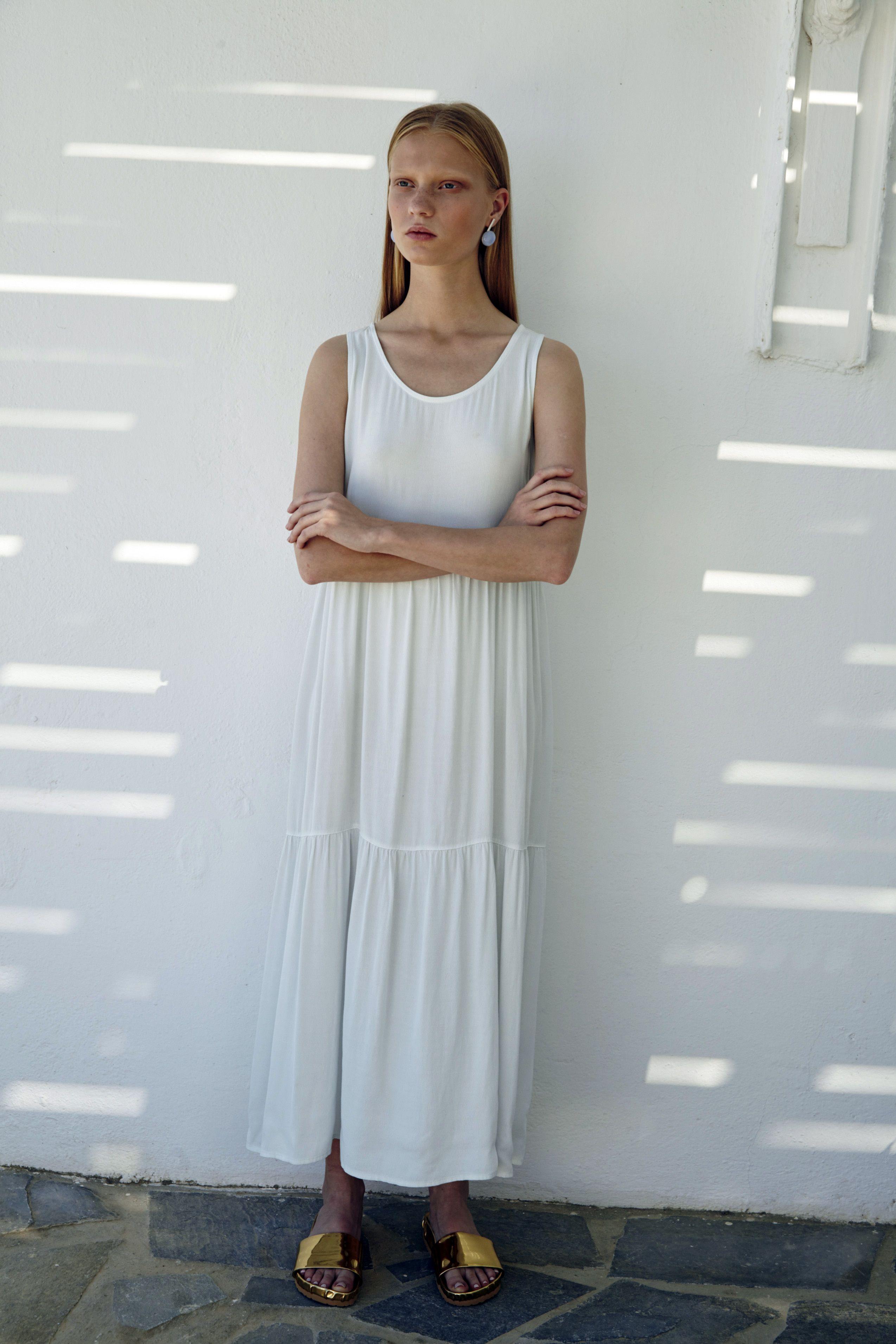 Jarry long dress sleeveless maxi dress falling in deep tiers of