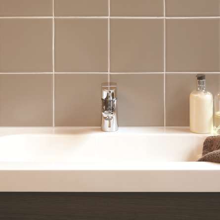 Enjoyable One Coat Tile Paint Ronseal Momas Bathroom Brown Interior Design Ideas Grebswwsoteloinfo