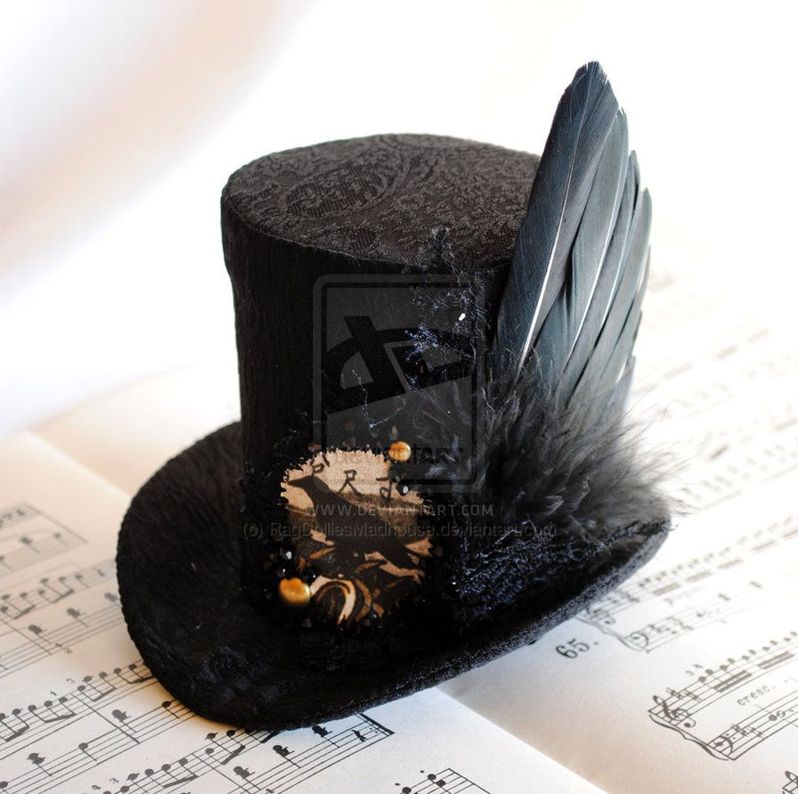 the_raven__s_wing___gothic_mini_top_hat_by_ragdolliesmadhouse-d5kd8pa.jpg (896×891)