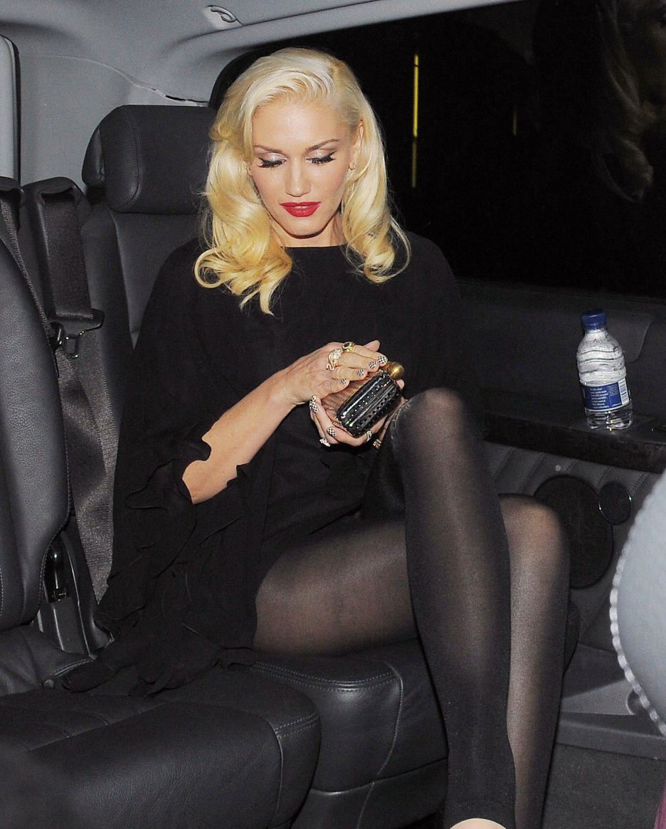 Gwen Stefani - Super Freakin Hot  Gwen  Gwen Stefani -6457