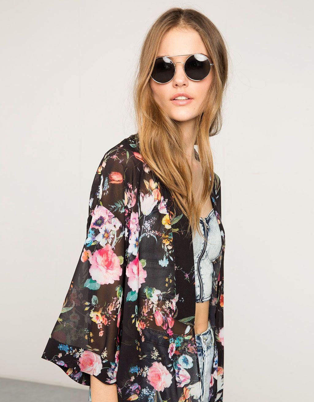 de27d4775cb84c Kimono lang Bershka Blumen - Ponchos & Kimonos - Bershka Germany