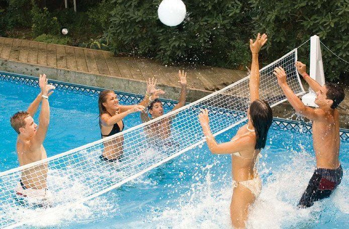 Swimming Pool Games for Adults   Fun Float trip games in ...