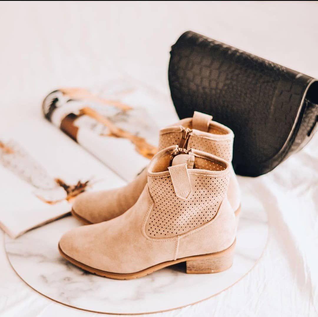 Zostaly Ostatnie Rozmiary Azurowe Botki Azurowe Suzanapl Sklepinternetowy Kobietykochajabuty G Ankle Boot Shoes Boots