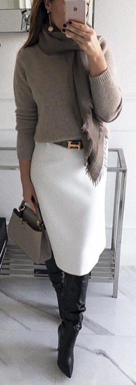 Nous composons une garde-robe de base selon les types de couleurs: …