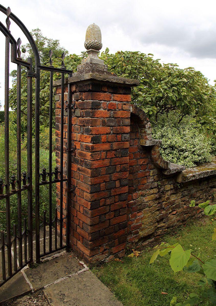 File:Brick pillar and gate at Sundial Garden Hatfield House ...