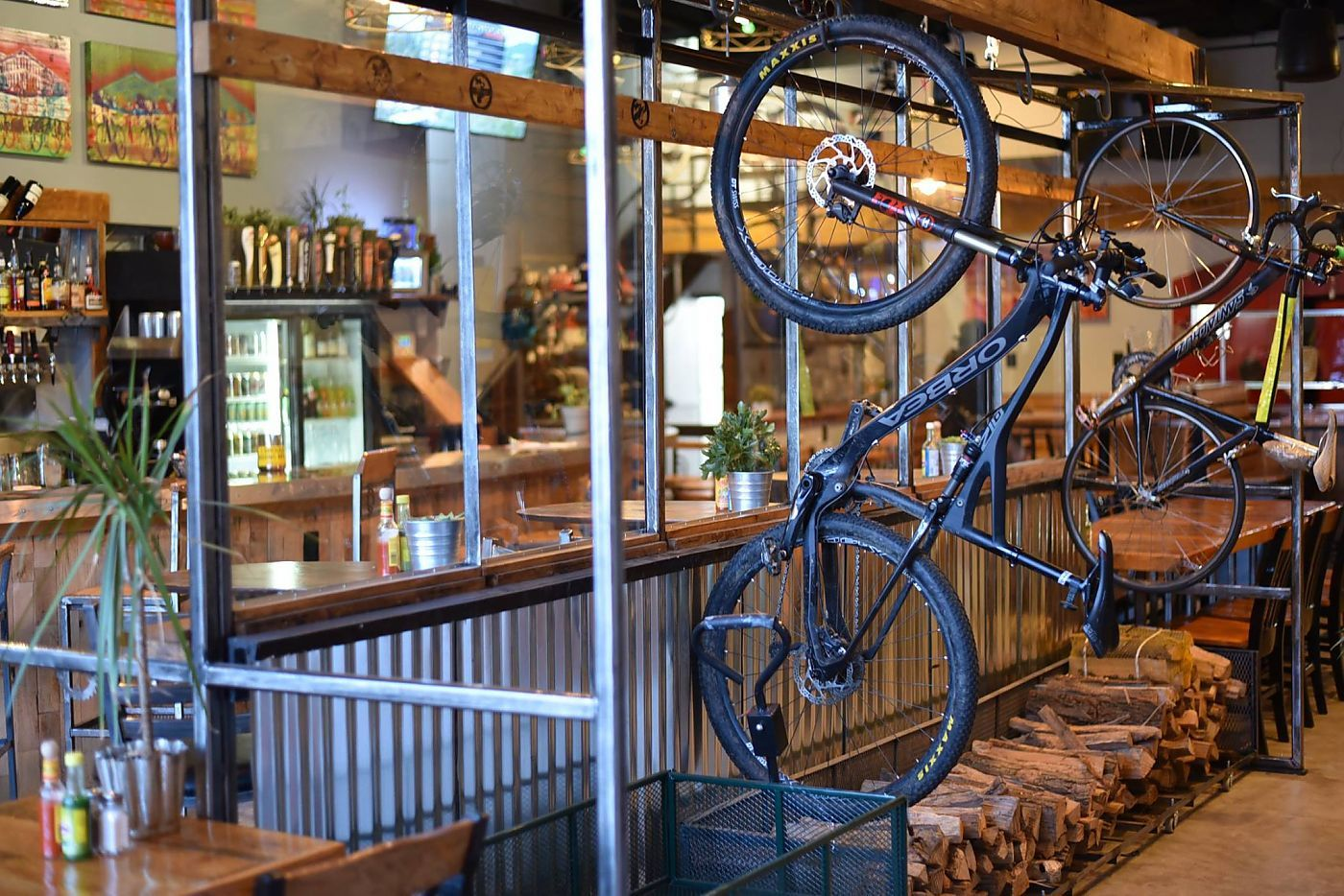 Mountain bike champion Marla Streb opens bike shop and cafe ...