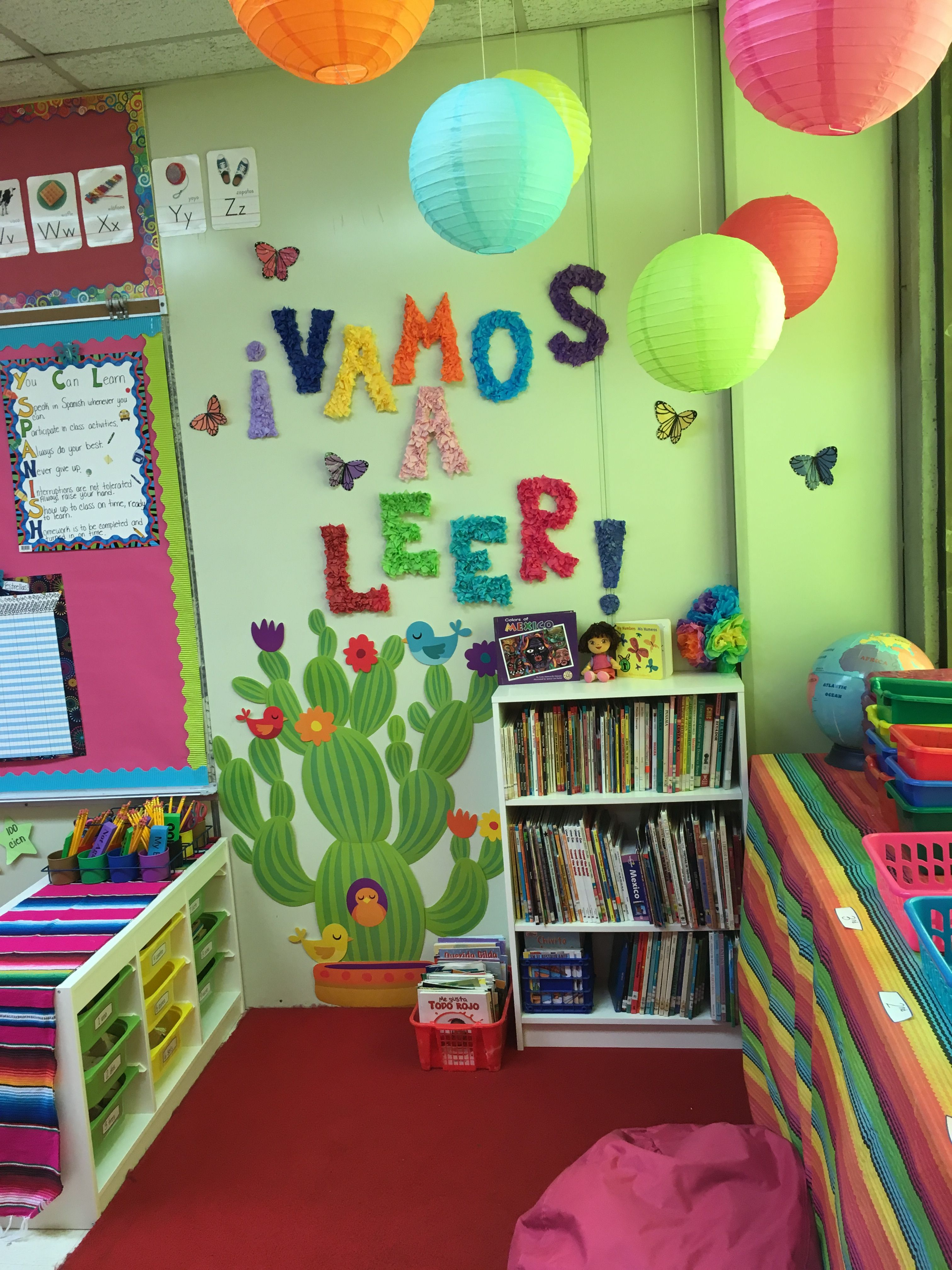 My Spanish classroom library area
