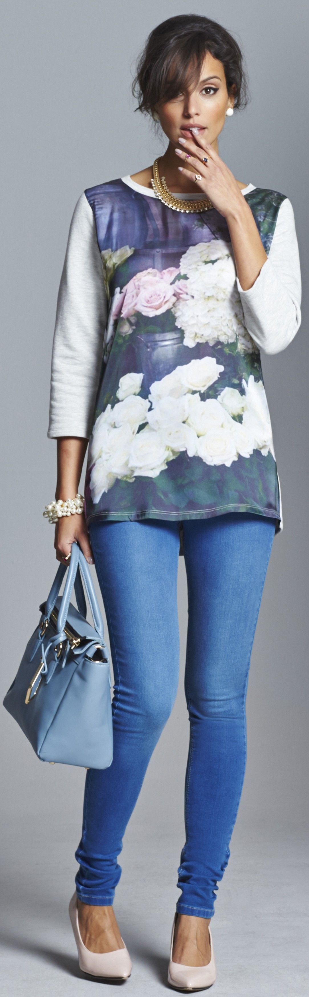 Casual jeans and sweatshirt outfit for fall 2014 covers a ...
