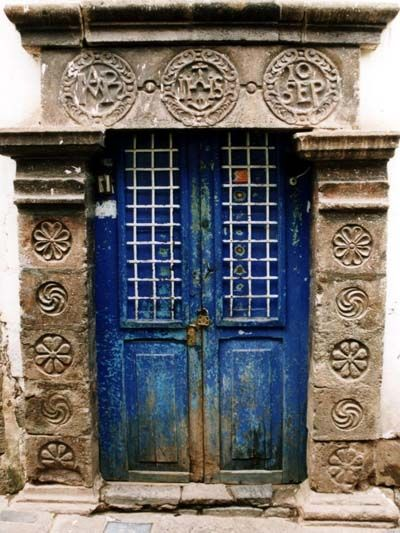 Porte Ancienne A Cuzco Perou Portes Peintes Portes Uniques Et