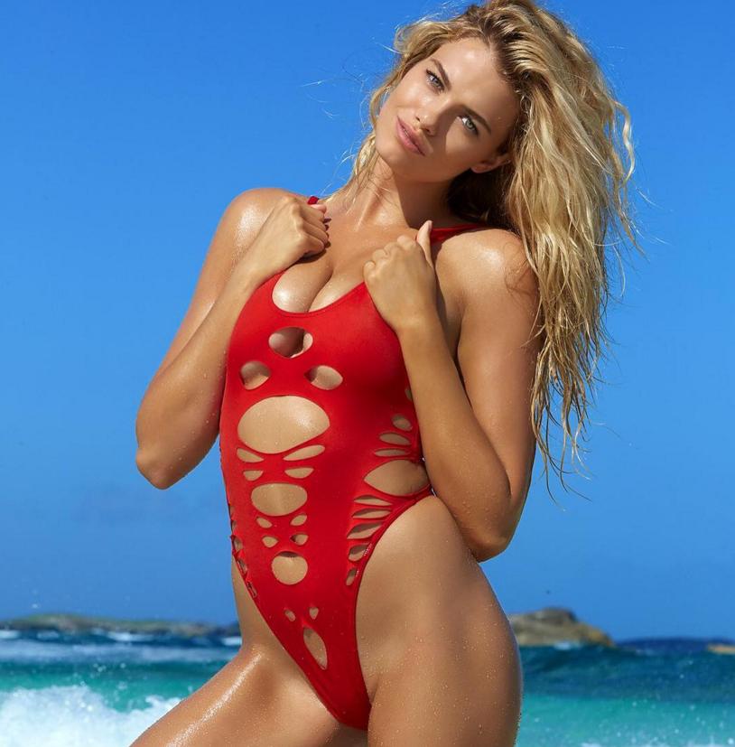 Hailey Clauson 8 Hottest Photos Of Sports Illustrated: SI Swimsuit 2016 Bikini Babe Line-up
