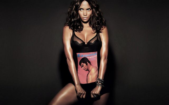 Pin On Halle Berry
