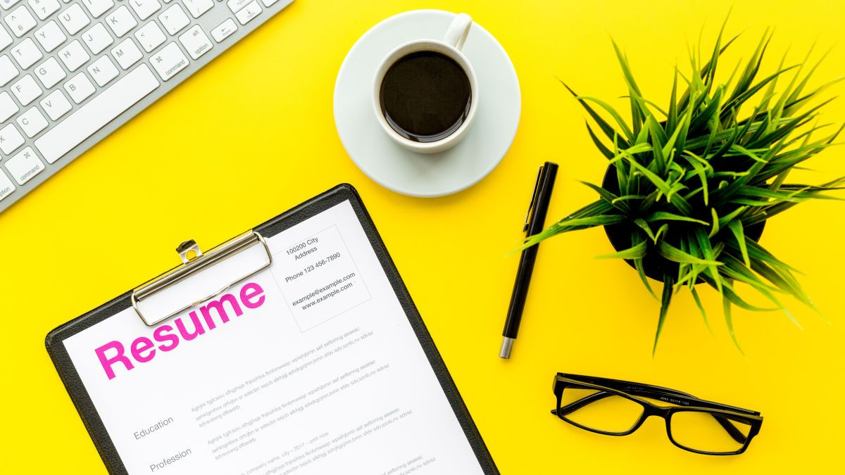 52 Words to Include to Make Your Resume Stand Out in 2020