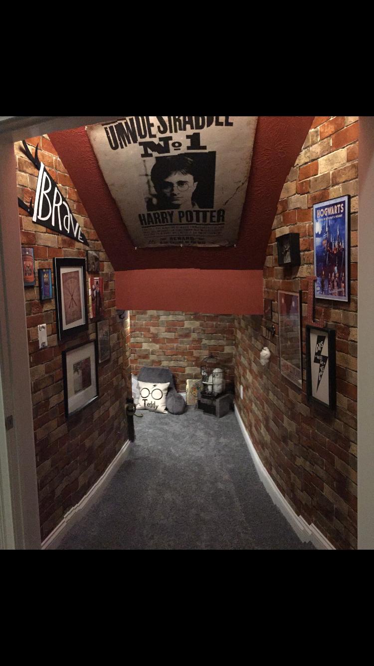 Harry Potter Cupboard Under The Stairs Mit Bildern